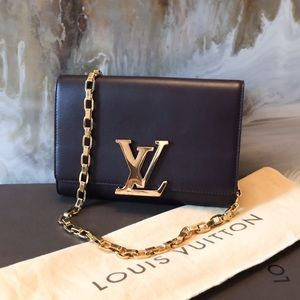 Louis Vuitton Burgundy Louise GM Chain Clutch Bag